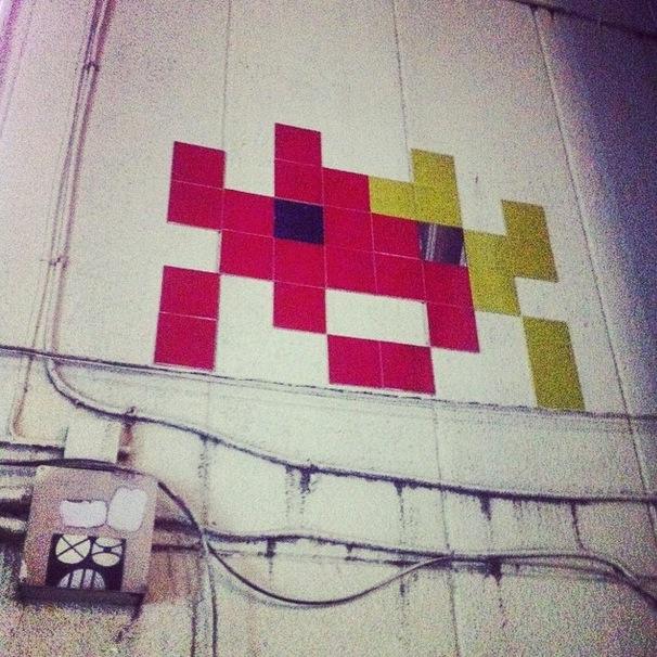 space invaders street art